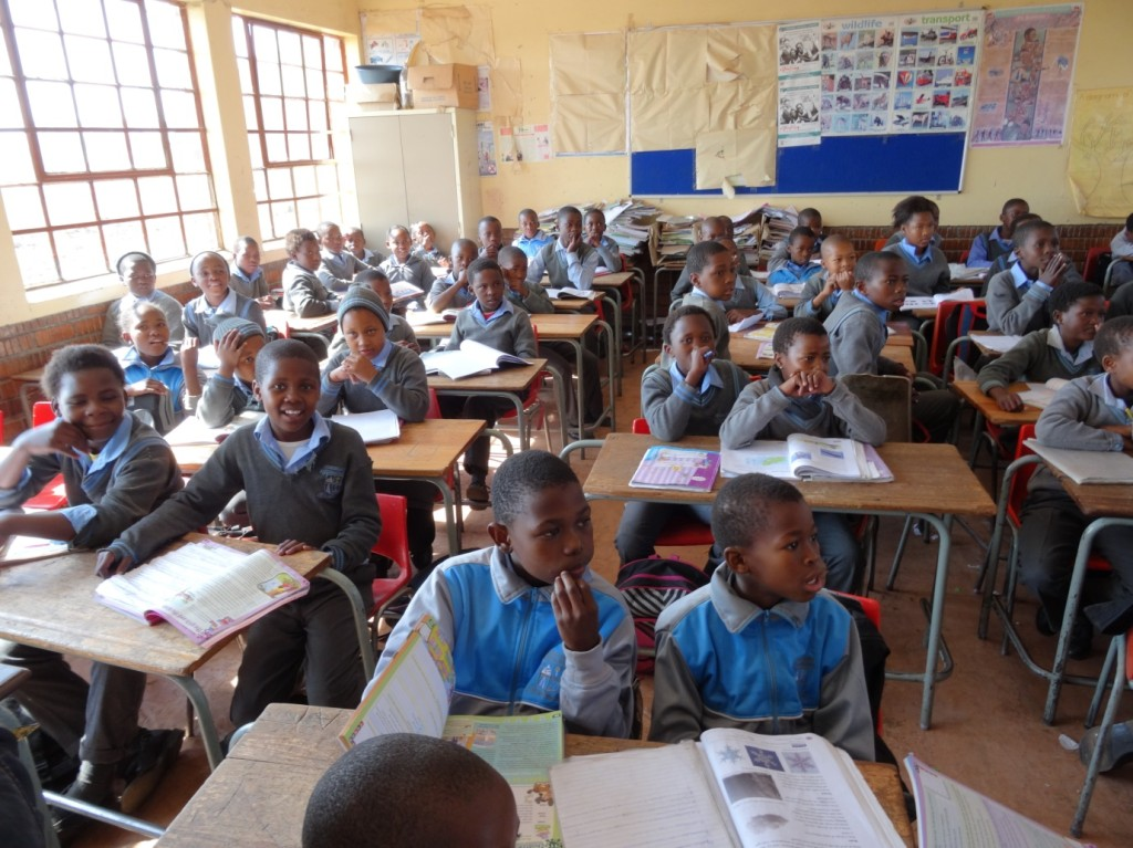 One of the multi-grade classes at Umfudlana Combined School. Photographer: Johanna Heuren