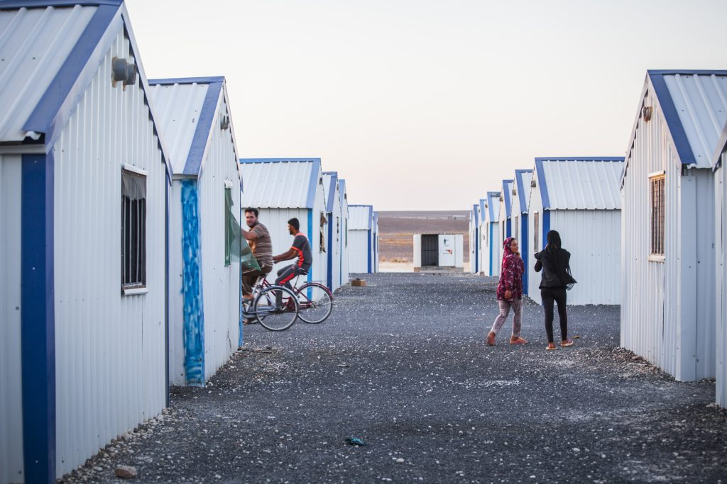 One of the streets of Azraq where there are no streetlights yet. By Baptiste Collard.