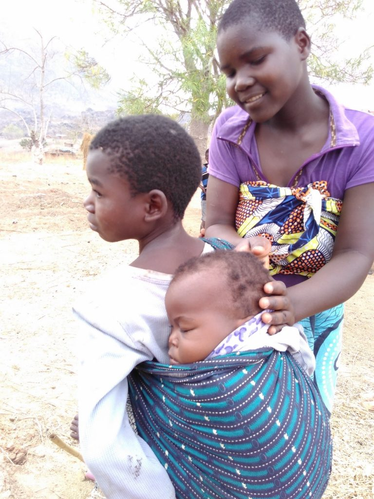 Pic 3, taken by Luca, September 20, 2016. Over half of Malawis population are under 18. Many children need to support their family and miss school.